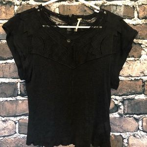 Free People black lace crop top small